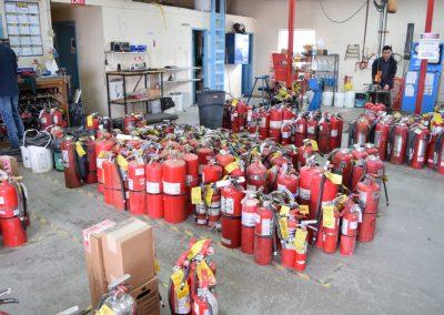 extinguishers-before-refurbishing (2)