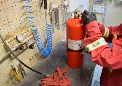 refurbishing-fire-extinguishers
